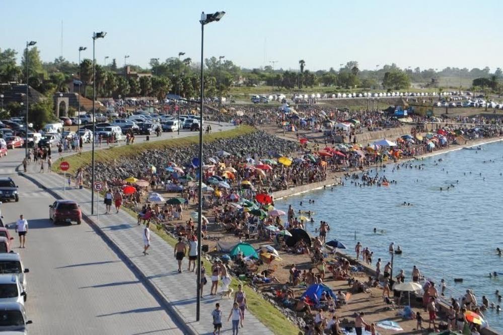 A puro nado en la Maratón Nautica en Miramar