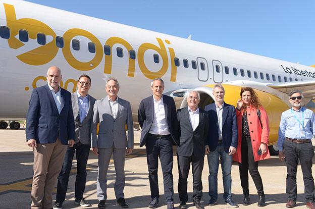 Córdoba suma conectividad con tres vuelos semanales. Flybondi comenzó a volar en Corrientes