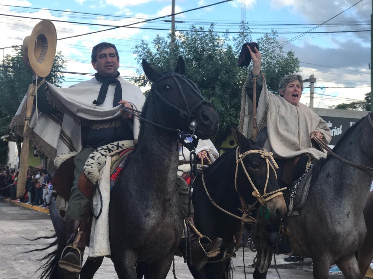 500 jinetes y 350 caminantes concluyeron la Peregrinación La Brocheriana