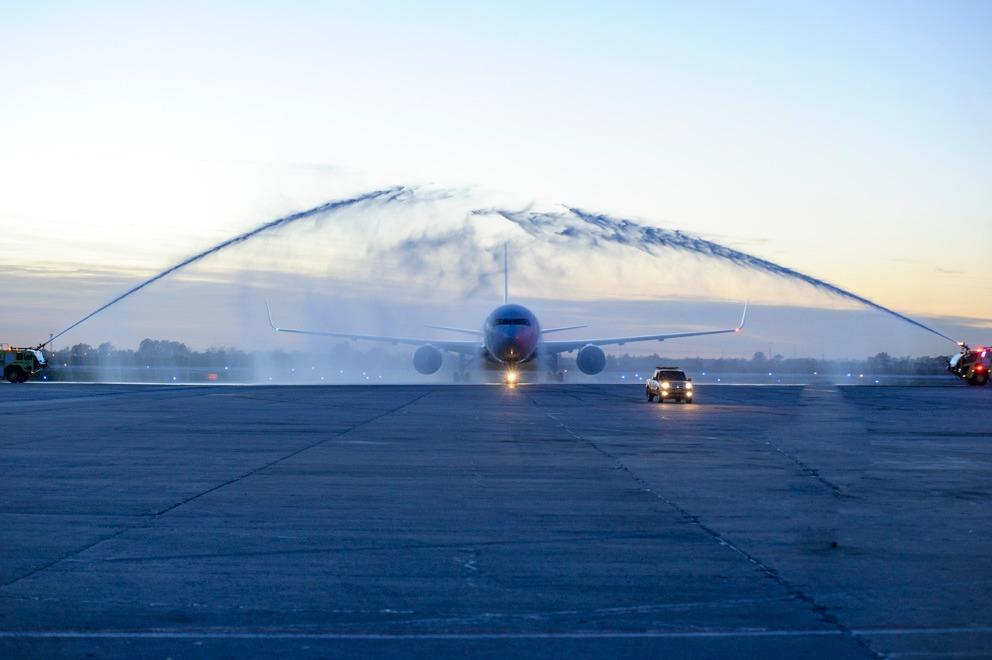 Conexión directa con Miami: llegó el primer vuelo de American Airlines
