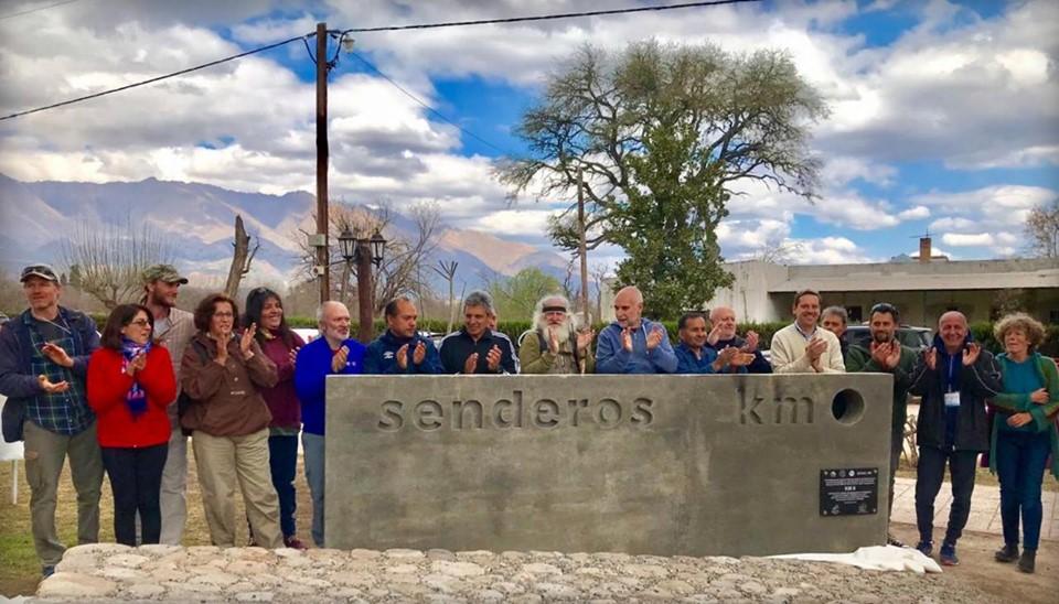 Comenzó el mes del senderismo en Las Calles con gran convocatoria de participantes