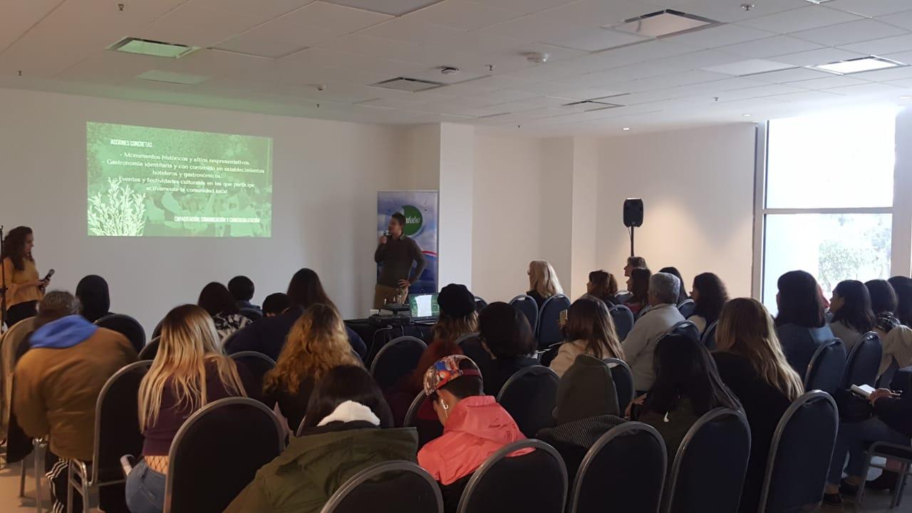 Estudiantes de turismo participaron de un taller sobre Turismo Idiomático